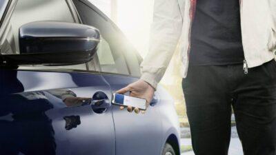 apple car key